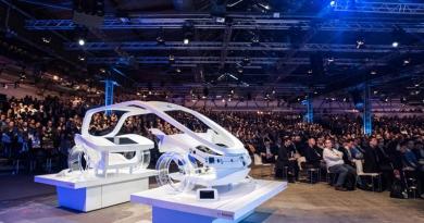 Transformando la conducción por los servicios conectados (Bosch)