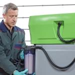 El trío infalible de MEWA en servicio integral para la limpieza industrial: Paños reutilizables, alfombrillas para el aceite y lavapiezas portátil