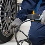 Adine recuerda revisar los neumáticos antes de viajar en Semana Santa