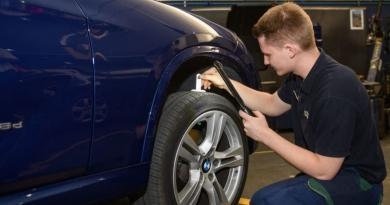 Euromaster alerta del olvido de sustituir el neumático de repuesto a los 8 años de antigüedad